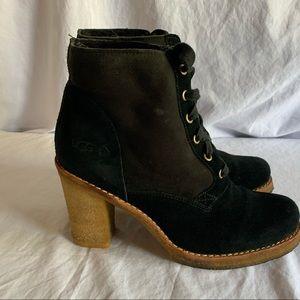 Ugg Sophia boot